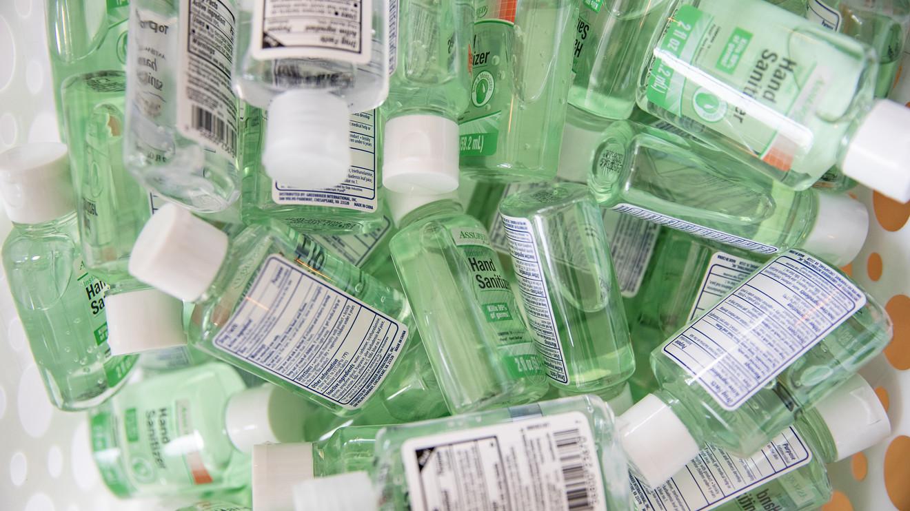 Sản phẩm nước rửa tay diệt khuẩn